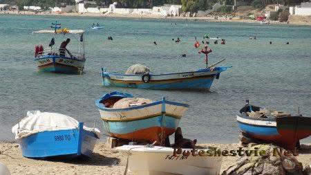 Лодки рыбаков Хаммамета
