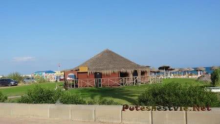 Пляж в районе Ясмин-Хаммамет