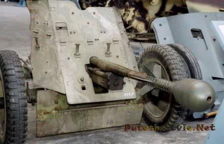 противотанковая пушка в музее мунстера