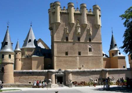 вход в крепость Алькасар