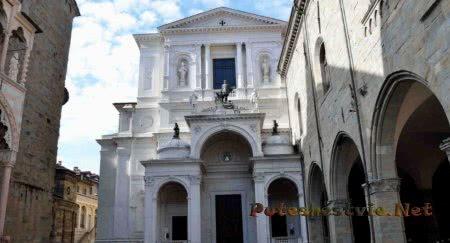 Кафедральный собор Сант-Алессандро