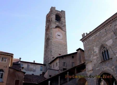 Башня Кампаноне