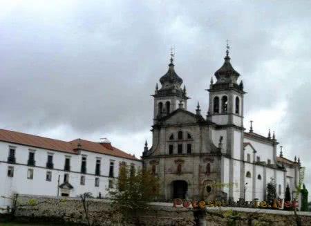 Монастырь Тибаеш