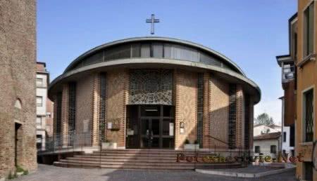 Церковь Святого Мартина Урбано