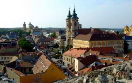 Эгер - город в Венгрии