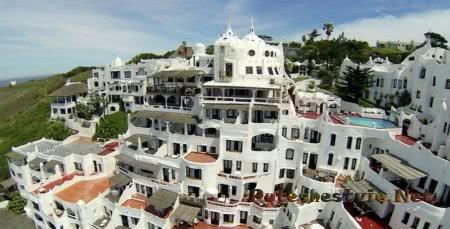 интересный отель в Уругвае Casa Рueblo