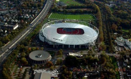 Стадион Бай Арена