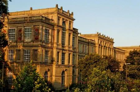 Дюссельдорфская государственная академия художеств