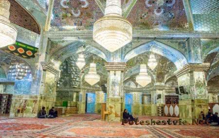 Зеркальная мечеть Шах-Черах в городе Шираз