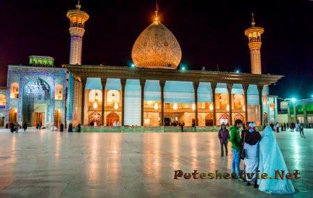 Зеркальная мечеть в городе Шираз