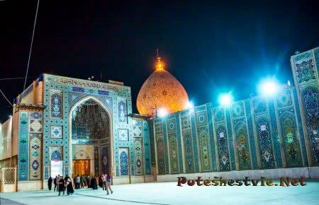 Мавзолее Шах-Черах в городе Шираз