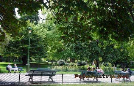 Парк Монсо Париж