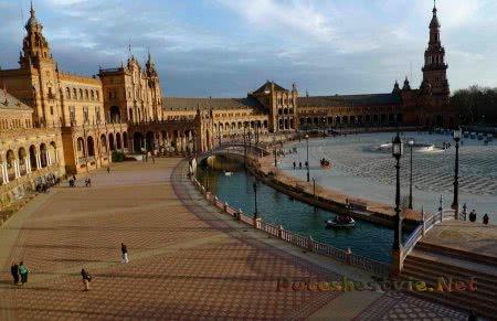 Крепость Алькасар в Севилье