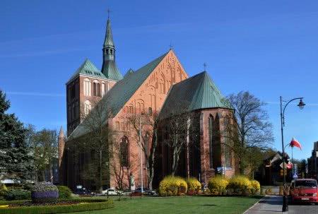 Кафедральный собор Колобжега