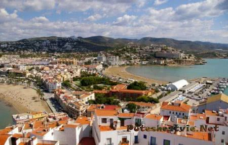 Пенискола - город-крепость в Испании
