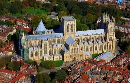 Кафедральный собор Йорка в Англии