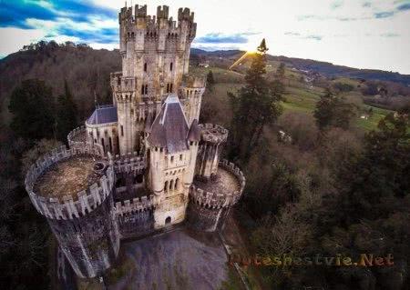 Замок Бутрон в Стране Басков