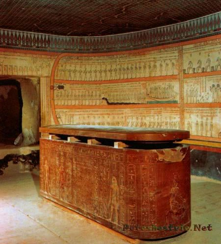 Гробница фараона Тутмоса III