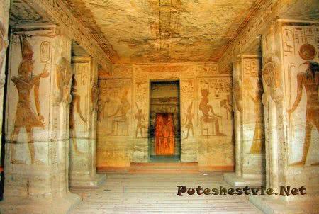 Храмовый комплекс Абу-Симбел в Египте