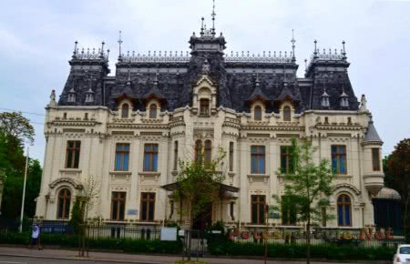 Дворец Крецулеску