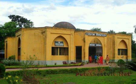 Город мечетей Багерхат