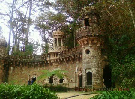 Дворец Кинта да Регалейра в городе Синтра