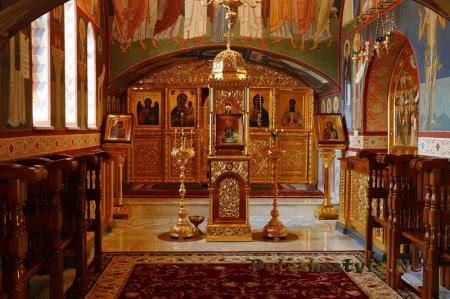 Храм преподобных отцов, в подвиге просиявших