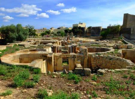 Храм Ар Далам