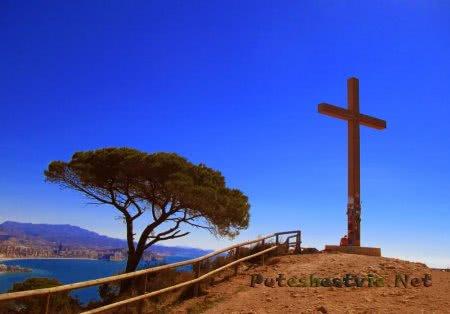 Крест La Creu на горе Сьерра-Эллада