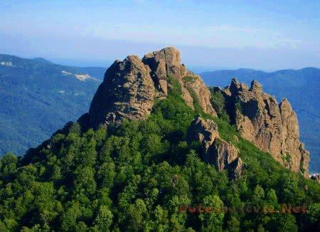 Гора Индюк с пещерами
