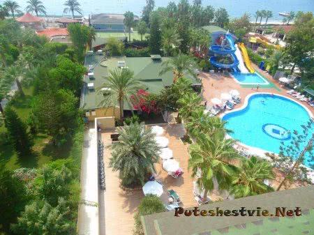 Отель «Holiday Park Resort 5*» в Турции
