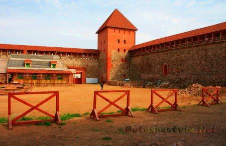 Лидский замок в Беларуси