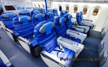Лучшие места в самолете: что выбрать?