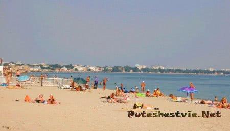 Пляжи на улице Симферопольской