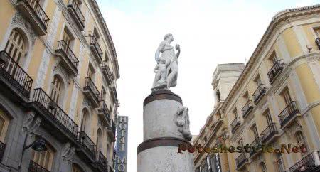 Статуя Белой Марии