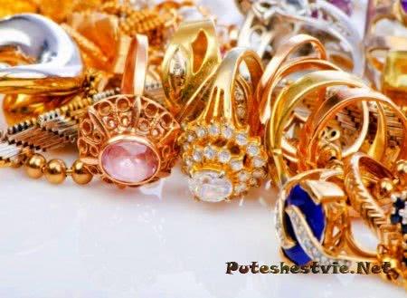 Ювелирные украшения из золота и серебра