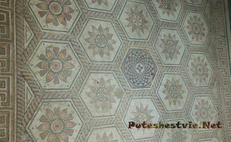 Римские мозаики «Наказание Дирки»