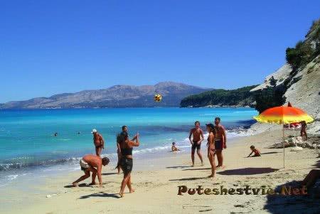 Пляж Дралеос