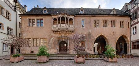 Дом Адольфа