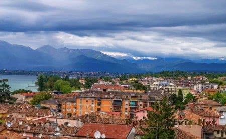 Город Дезенцано-дель-Гарда