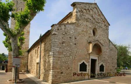 Церковь Святого Севера (San Severin)