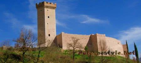 Крепость Ла Рокка (castello La Rocca)