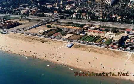 Пляж Ботигес