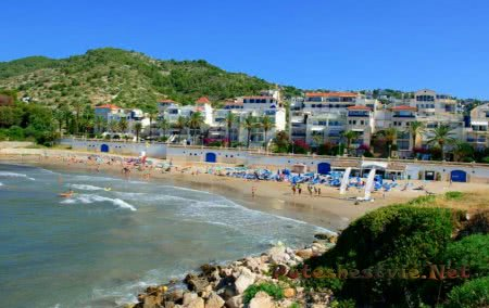 Пляж Айгуадолс