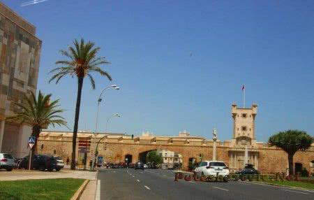 Город Кадис – популярный испанский курорт