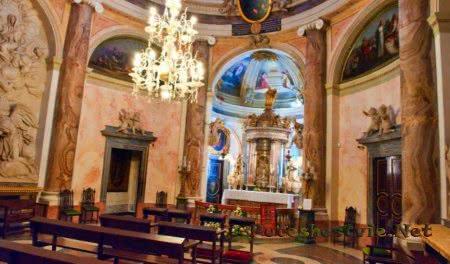 Церковь Санта-Куэва