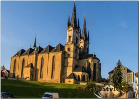 Костел Святого Николая и Елизаветы