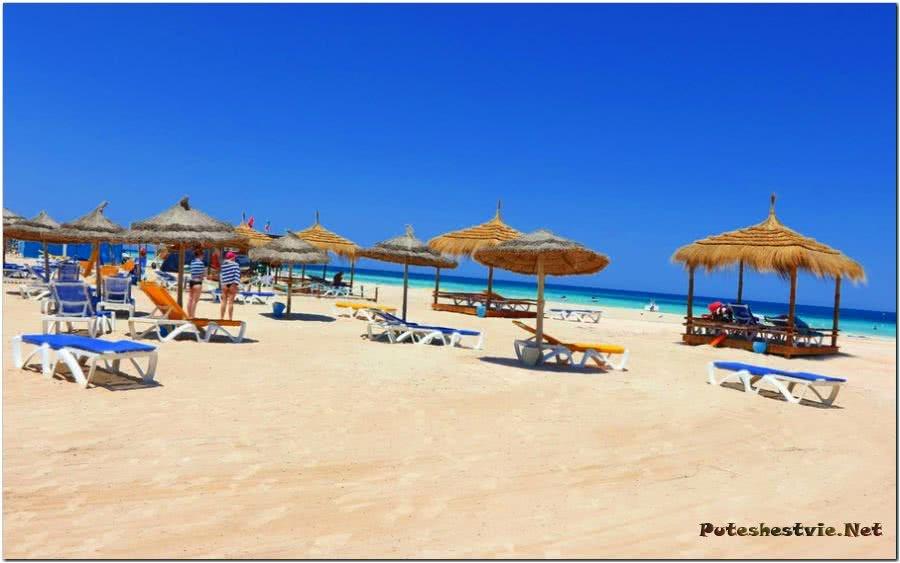 Пляж Сиди-Мехрез