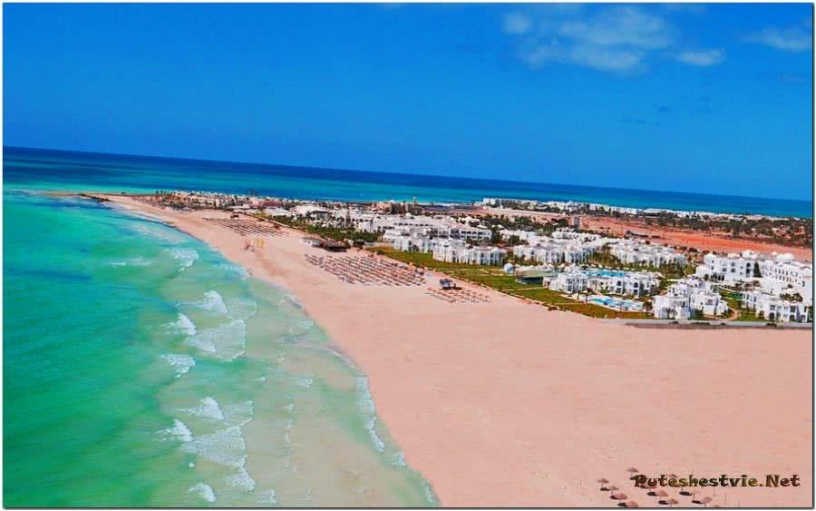 Пляж Рас-Эль-Мар